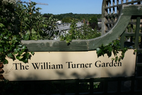 17_8 NZ2085 turner garden sign